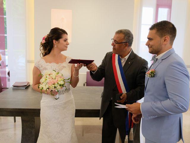 Le mariage de Alexandre et Sarah à Pontault-Combault, Seine-et-Marne 115