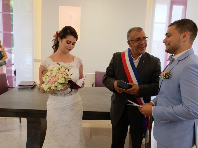 Le mariage de Alexandre et Sarah à Pontault-Combault, Seine-et-Marne 116