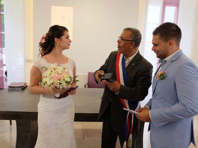 Le mariage de Alexandre et Sarah à Pontault-Combault, Seine-et-Marne 117
