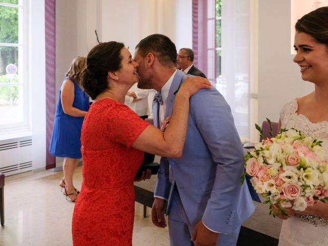 Le mariage de Alexandre et Sarah à Pontault-Combault, Seine-et-Marne 121