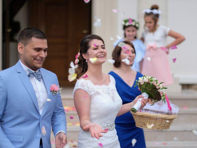 Le mariage de Alexandre et Sarah à Pontault-Combault, Seine-et-Marne 129