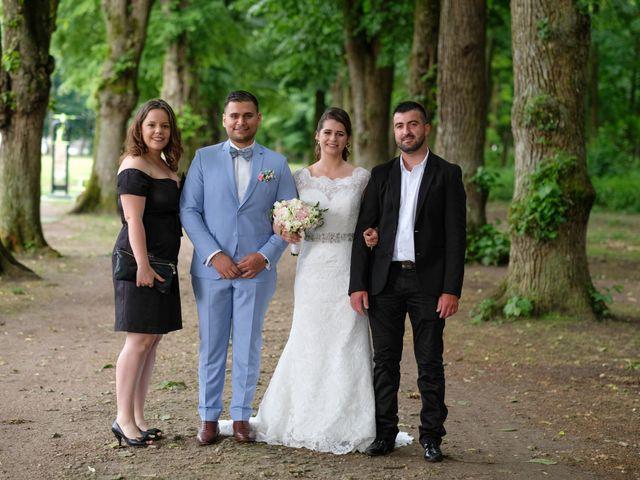 Le mariage de Alexandre et Sarah à Pontault-Combault, Seine-et-Marne 135