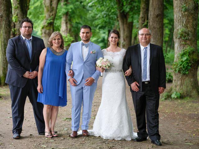Le mariage de Alexandre et Sarah à Pontault-Combault, Seine-et-Marne 139