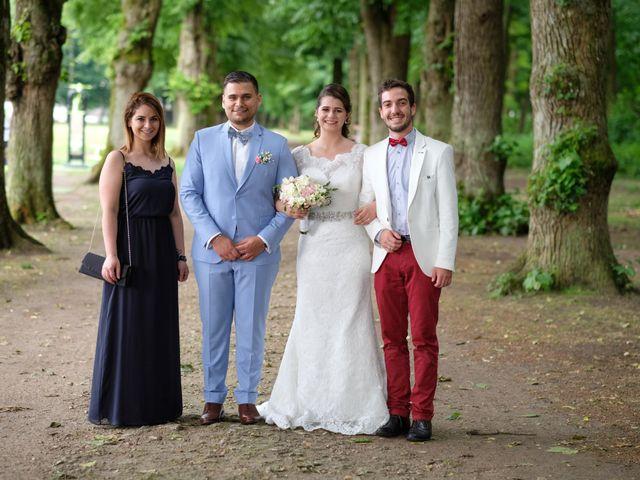 Le mariage de Alexandre et Sarah à Pontault-Combault, Seine-et-Marne 142