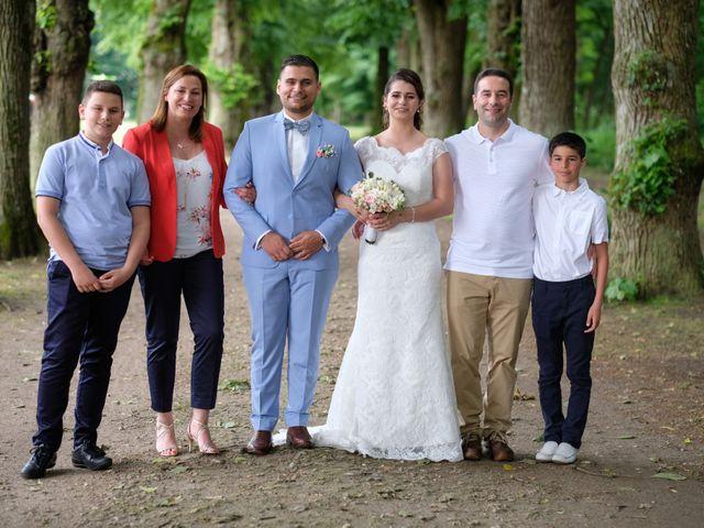 Le mariage de Alexandre et Sarah à Pontault-Combault, Seine-et-Marne 145