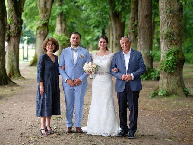 Le mariage de Alexandre et Sarah à Pontault-Combault, Seine-et-Marne 154