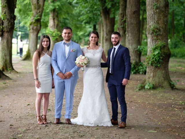 Le mariage de Alexandre et Sarah à Pontault-Combault, Seine-et-Marne 156