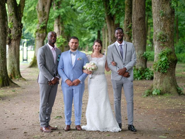 Le mariage de Alexandre et Sarah à Pontault-Combault, Seine-et-Marne 158