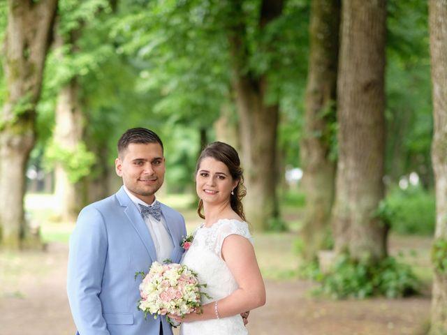 Le mariage de Alexandre et Sarah à Pontault-Combault, Seine-et-Marne 164