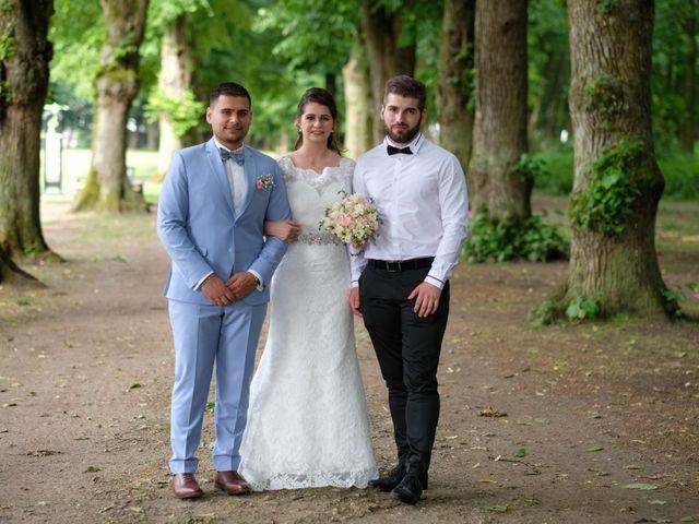 Le mariage de Alexandre et Sarah à Pontault-Combault, Seine-et-Marne 169