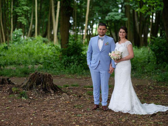 Le mariage de Alexandre et Sarah à Pontault-Combault, Seine-et-Marne 170
