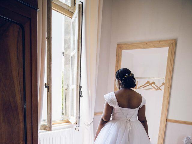 Le mariage de Stevie et Diénéba à Salles-sur-l'Hers, Aude 14