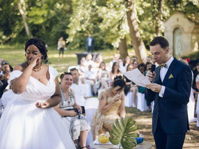 Le mariage de Stevie et Diénéba à Salles-sur-l'Hers, Aude 56