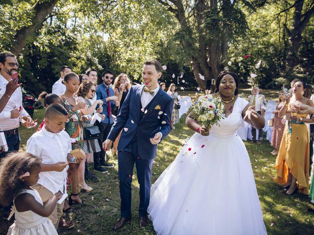 Le mariage de Stevie et Diénéba à Salles-sur-l'Hers, Aude 65