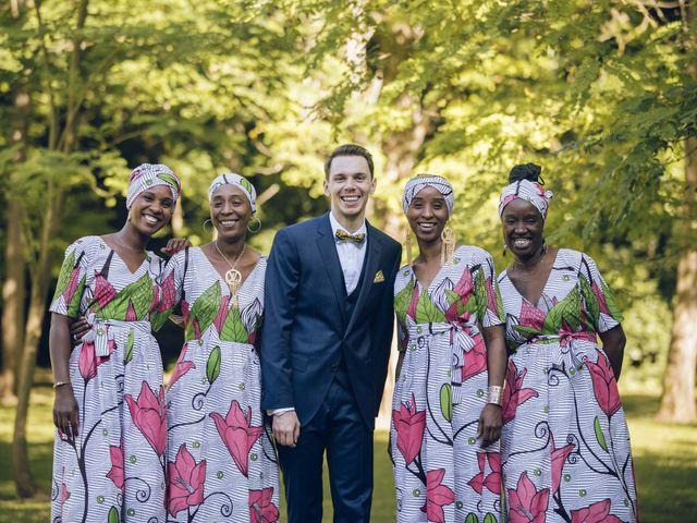 Le mariage de Stevie et Diénéba à Salles-sur-l'Hers, Aude 69