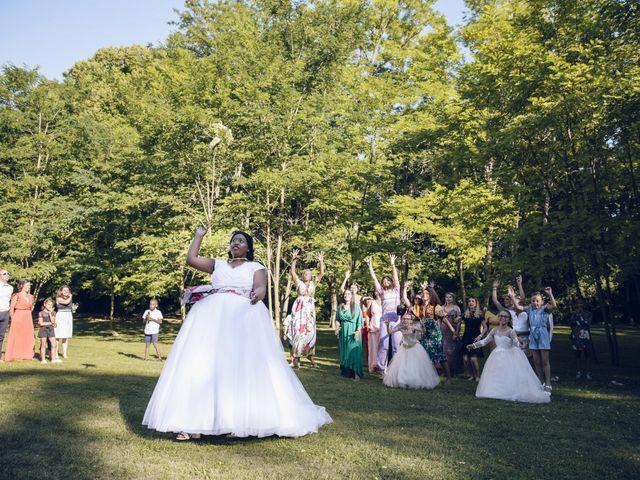 Le mariage de Stevie et Diénéba à Salles-sur-l'Hers, Aude 82