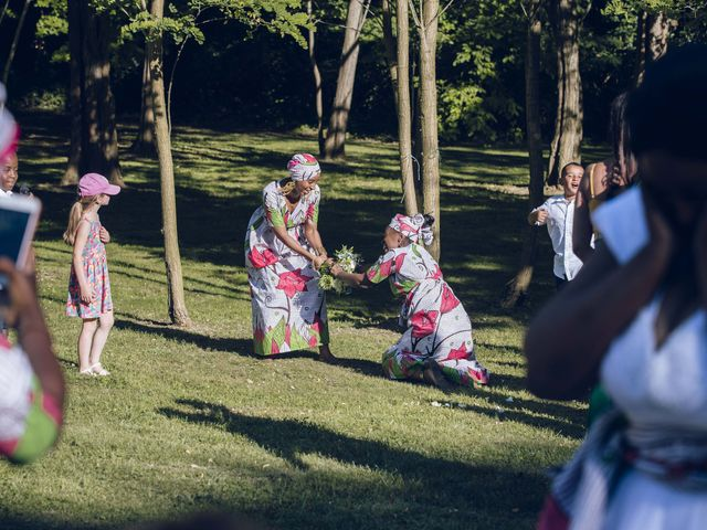 Le mariage de Stevie et Diénéba à Salles-sur-l'Hers, Aude 83