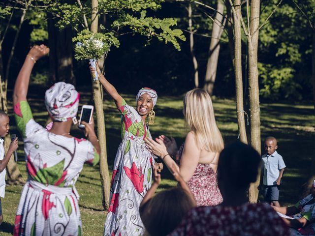 Le mariage de Stevie et Diénéba à Salles-sur-l'Hers, Aude 84