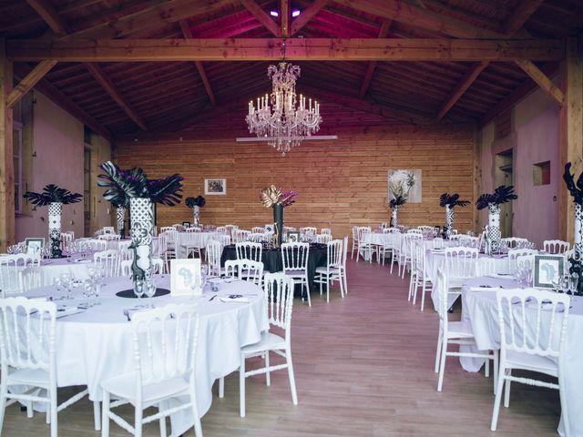Le mariage de Stevie et Diénéba à Salles-sur-l'Hers, Aude 85
