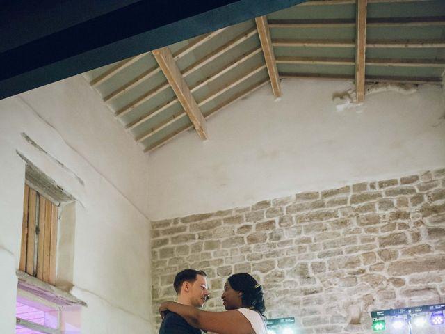 Le mariage de Stevie et Diénéba à Salles-sur-l'Hers, Aude 99