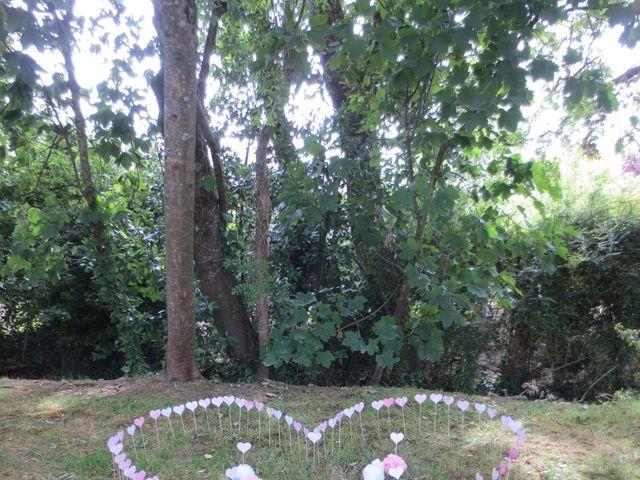 Le mariage de Julie et Coralie à Forges, Charente Maritime 3