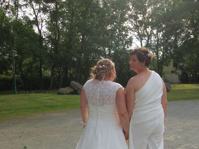 Le mariage de Julie et Coralie à Forges, Charente Maritime 7