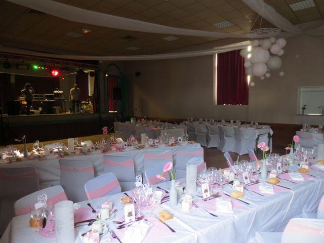 Le mariage de Julie et Coralie à Forges, Charente Maritime 11