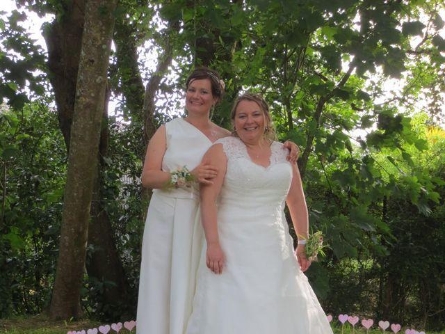 Le mariage de Julie et Coralie à Forges, Charente Maritime 21