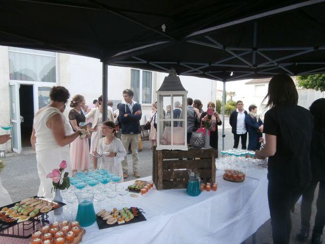 Le mariage de Julie et Coralie à Forges, Charente Maritime 22