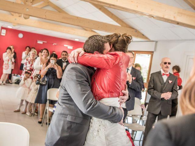 Le mariage de Sylvain et Amandine à Châbons, Isère 12