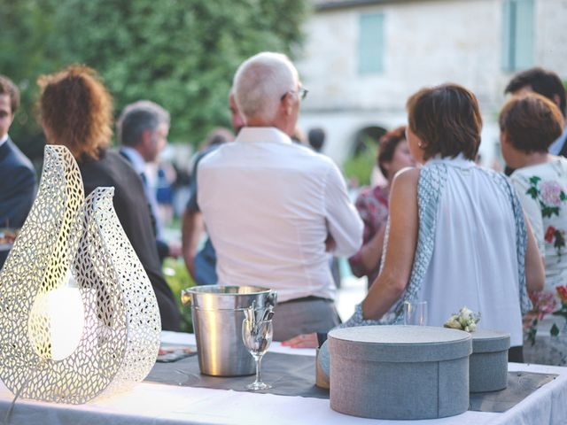 Le mariage de Thibaut et Marine à Nîmes, Gard 10