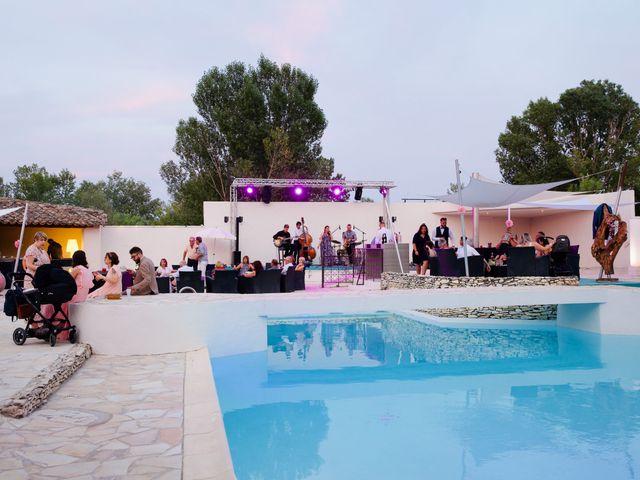 Le mariage de Jeff et Florie à Saint-Victor-la-Coste, Gard 9