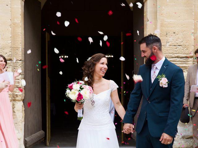 Le mariage de Jeff et Florie à Saint-Victor-la-Coste, Gard 20