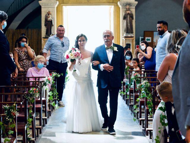Le mariage de Jeff et Florie à Saint-Victor-la-Coste, Gard 23