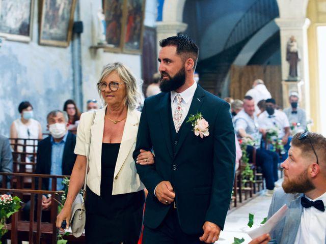 Le mariage de Jeff et Florie à Saint-Victor-la-Coste, Gard 24
