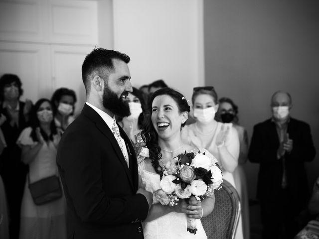 Le mariage de Jeff et Florie à Saint-Victor-la-Coste, Gard 25