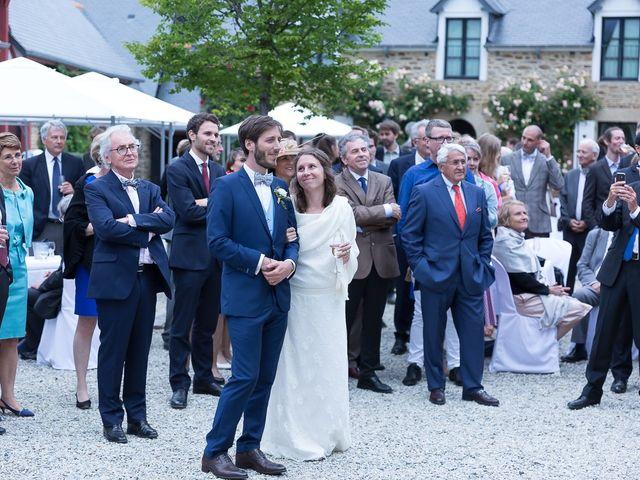 Le mariage de Etienne et Albane à Saint-Lunaire, Ille et Vilaine 57