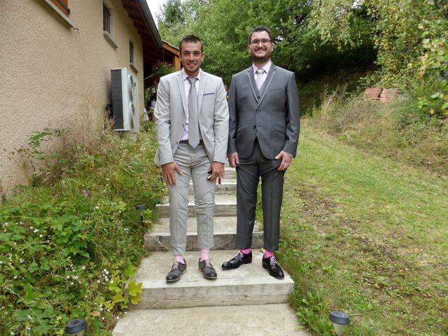 Le mariage de Victor et Nolwenn à Peyrins, Drôme 10