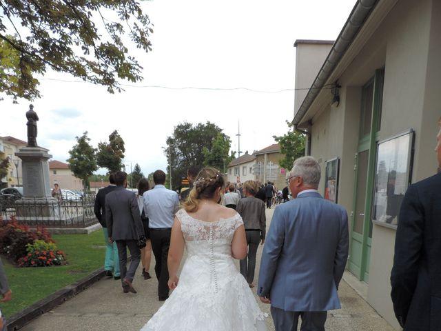Le mariage de Victor et Nolwenn à Peyrins, Drôme 24