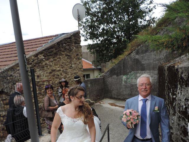 Le mariage de Victor et Nolwenn à Peyrins, Drôme 25