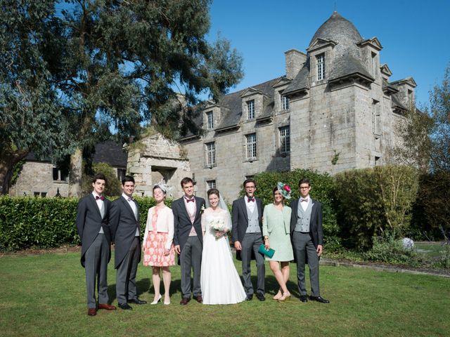 Le mariage de Guillaume Henry et Alexandra à Ploudalmézeau, Finistère 12