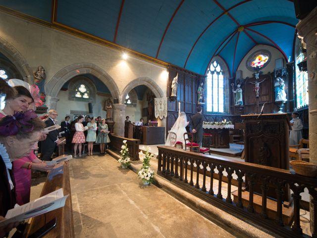 Le mariage de Guillaume Henry et Alexandra à Ploudalmézeau, Finistère 16