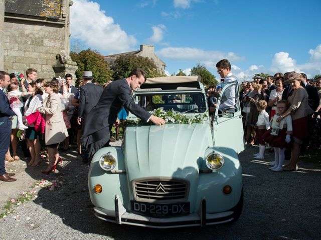 Le mariage de Guillaume Henry et Alexandra à Ploudalmézeau, Finistère 19