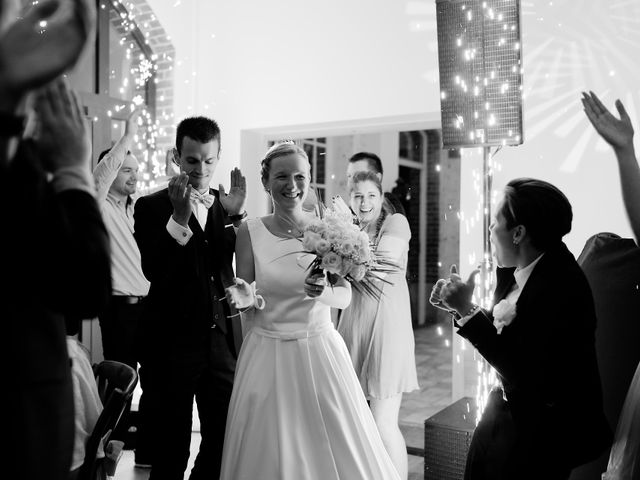 Le mariage de Benjamin et Justine à Radepont, Eure 21