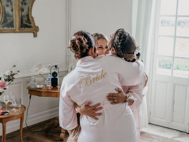 Le mariage de Logan et Marine à Port-d'Envaux, Charente Maritime 17