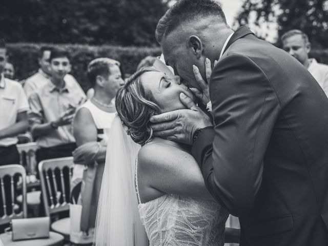 Le mariage de Logan et Marine à Port-d'Envaux, Charente Maritime 27