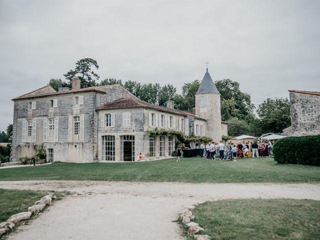 Le mariage de Logan et Marine à Port-d'Envaux, Charente Maritime 47