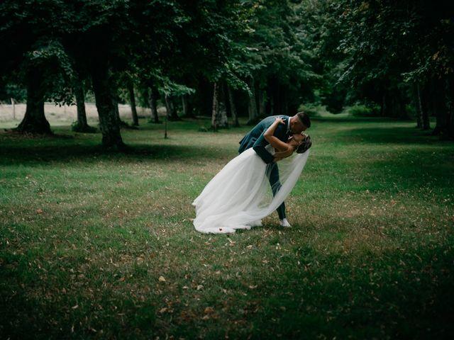 Le mariage de Logan et Marine à Port-d'Envaux, Charente Maritime 52