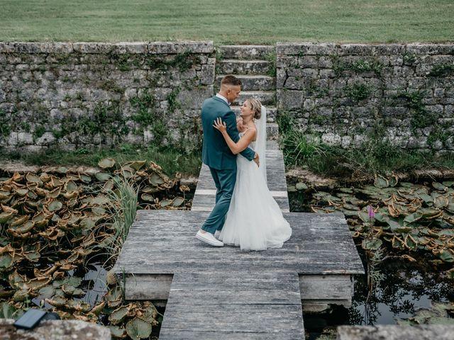 Le mariage de Logan et Marine à Port-d'Envaux, Charente Maritime 53