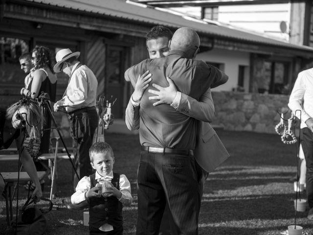 Le mariage de Valentin et Mathilde à Chamousset, Savoie 59